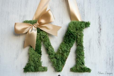 Mohás monogram ajtóra, esküvőre